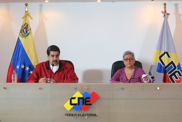 Maduro y Tibisay Lucena / Foto:@Prensa Presidencial