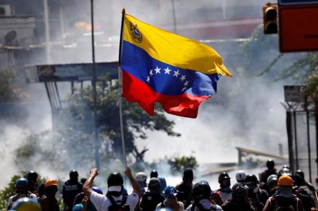 En Venezuela no se ha perdido la esperanza... Estas FOTOS lo demuestran. REUTERS/Carlos Garcia Rawlins