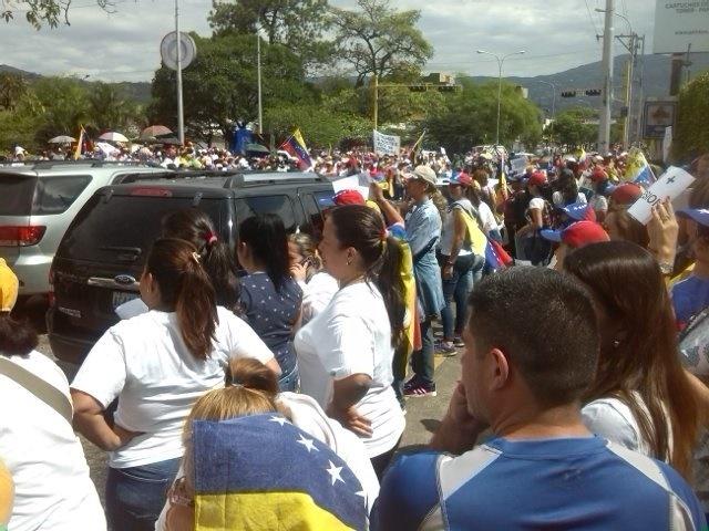 Marcha de las Mujeres en el estado Táchira este #6May / Foto @NereCapacho_