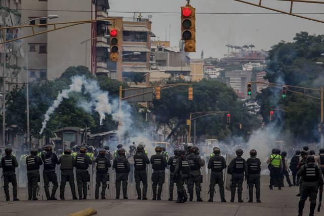 """Acusan a civiles de """"traición a la patria"""" (Foto: EFE)"""