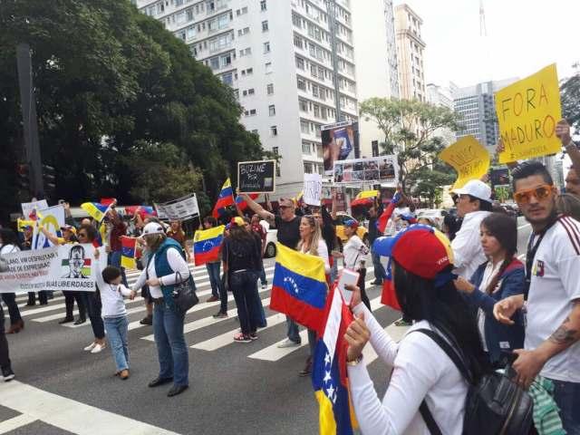 venezolanos en Brasil. Foto: Twitter