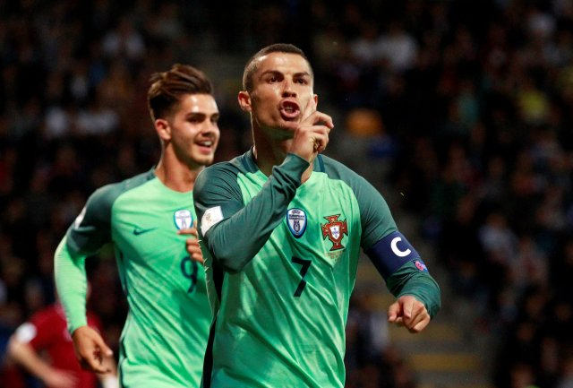 Cristiano Ronaldo celebra tras marcar un gol con la selección de Portugal (Foto: Reuters)