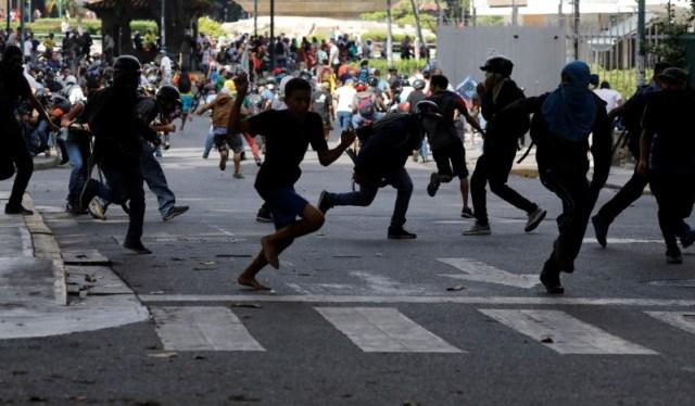 La diáspora venezolana en México se pronunció previo a la Asamblea de la OEA. REUTERS/Carlos Garcia Rawlins