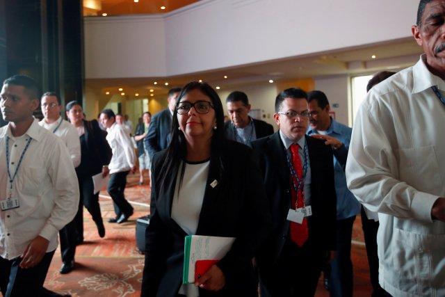 Delcy Eloína dice que otros países analizan su retiro de la OEA