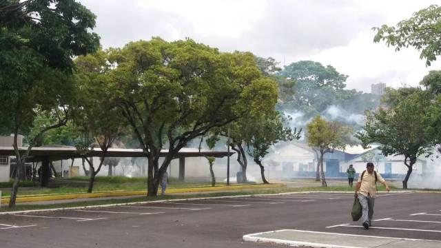 Represión UCV