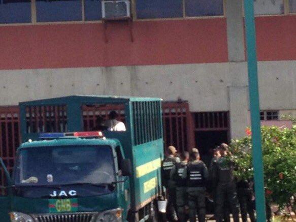 traslado-detenidos-bolivar