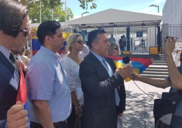 General Rivero solicita a la ONU embargo de armas y explivos a Venezuela / Foto: Cortesía