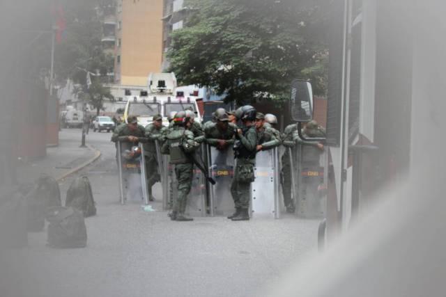 GNB custodia VTV / Foto: Régulo Gómez - La Patilla