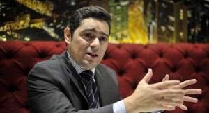 Carlos Vecchio a cuatro años de su exilio: El mundo hoy condena la dictadura de Maduro
