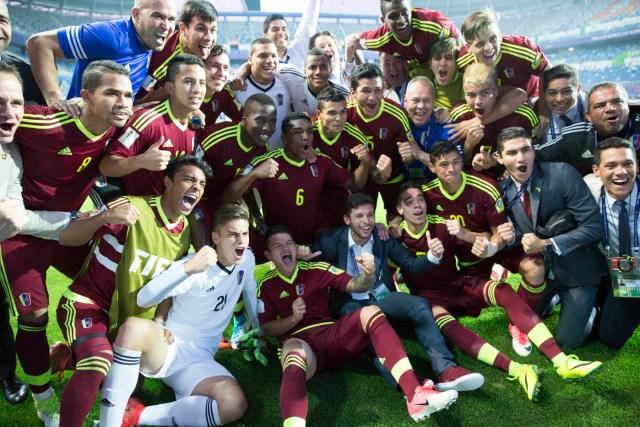 Jugadores de la selección de fútbol Sub-20 de Venezuela celebran la victoria en las semifinales de la Copa del Mundo contra Uruguay. Foto: Yelim LEE / AFP