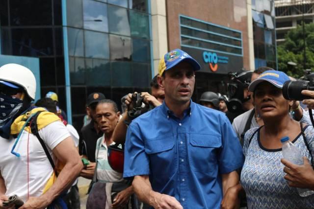 Reprimen en Chacaíto a manifestantes que marchaban hacia la Fiscalía. Foto: Will Jiménez / LaPatilla.com