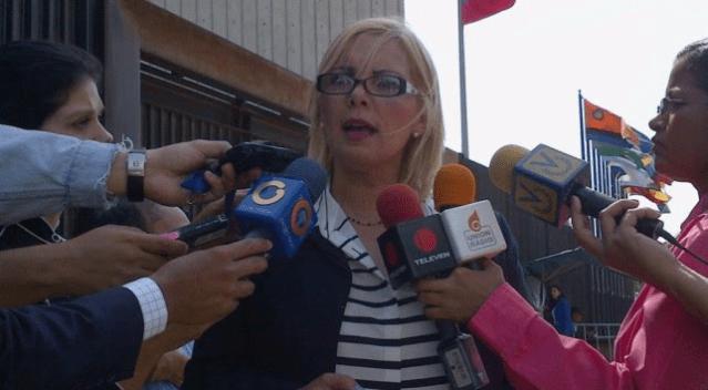 La Dra. Yisel Soares Padrón,  abogada defensora del editor Leocenis García