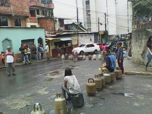Foto: Protesta en Baruta por falta de gas doméstico / Cortesía