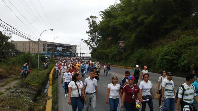 Los maestros tomaron la carretera Panamericana  (Foto: @danii_moros)