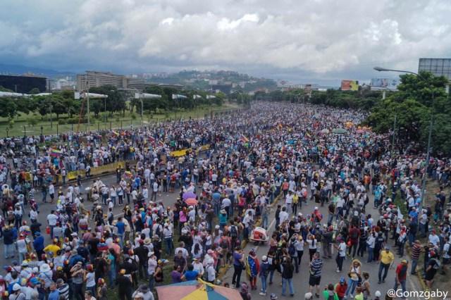 La marcha de este #24Jun desde la concentración hasta la represión. Fotos: Gabriela Gómez / LaPatilla.com