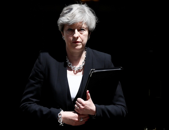 Britain's Prime Minister, Theresa May, arrives to speak outside 10 Downing Street, following the attack at Finsury Park Mosque, in central London, Britain June 19, 2017.  REUTERS/Stefan Wermuth