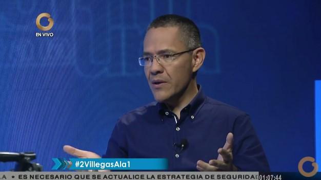 Ministro de Comunicaciones, Ernesto Villegas en Vladimir a la 1