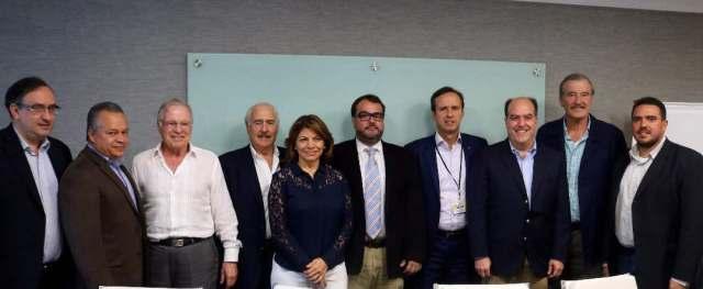 La Asamblea Nacional contó con la solidaridad de los expresidentes de la región