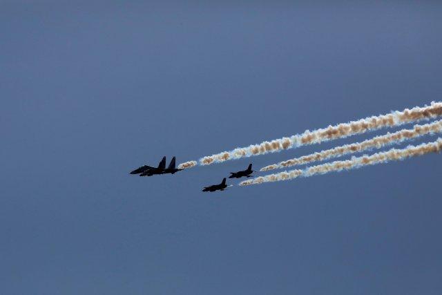 Combat planes train in preparation for Venezuela's independence day celebrations on Caracas, Venezuela, July 4, 2017. REUTERS/Carlos Garcia Rawlins