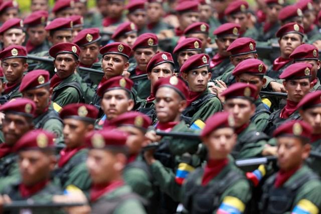 Soldados marchan durante el desfile del 5 de Julio en Caracas, Venezuela, July 5, 2017. REUTERS/Marco Bello