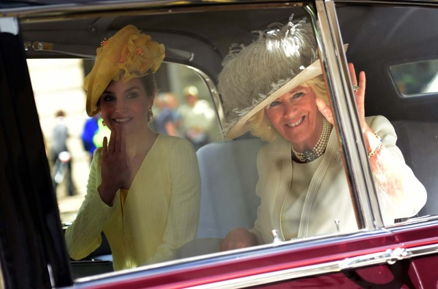 Britain's Camilla, Duchess of Cornwall and Spain's Queen Letizia leave their hotel by car in London, Britain July 12, 2017. REUTERS/Hannah McKay