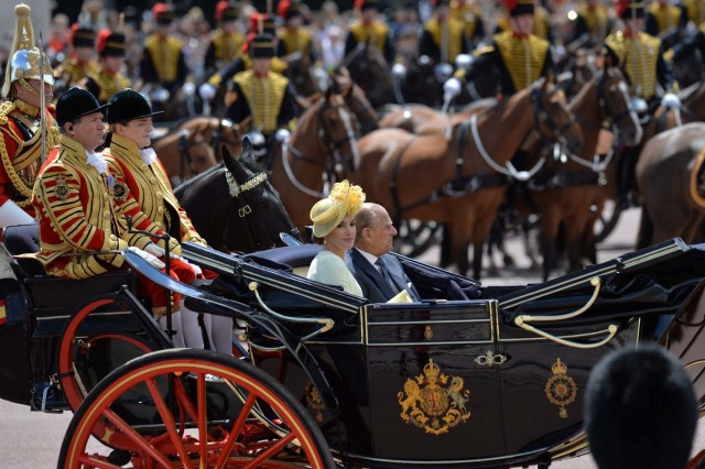 Britain's Prince Philip rides in a carriage with Spain's Queen Letizia, following a ceremonial welcome on Horse Guards Parade, in central London, Britain July 12, 2017. Spain's King Felipe of Spain and Queen Letizia are on a state visit to Britain. Sgt Rupert Frere/MOD Crown copyright 2017 Handout via REUTERS - FOR EDITORIAL USE ONLY. NO RESALES. NO ARCHIVES. THIS IMAGE HAS BEEN SUPPLIED BY A THIRD PARTY