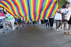 Parlamento italiano entra en una fuerte disputa con obispos, tras proyecto de ley que sancionará a los homofóbicos