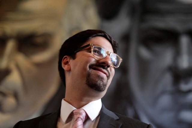 Freddy Guevara, first Vice-President of the National Assembly and lawmaker of the Venezuelan coalition of opposition parties (MUD), smiles during a news conference in Caracas, Venezuela, July 23, 2017. REUTERS/Ueslei Marcelino