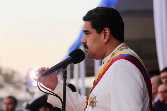 Venezuela's President Nicolas Maduro speaks during a ceremony to mark the birthday of the South American independence leader Simon Bolivar in La Guaira, Venezuela July 24, 2017. Miraflores Palace/Handout via REUTERS ATTENTION EDITORS - THIS PICTURE WAS PROVIDED BY A THIRD PARTY.