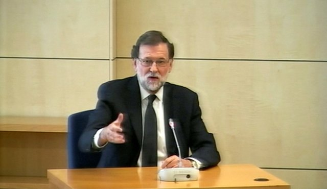 Spain's Prime Minister Mariano Rajoy testifies as a witness in the Gurtel corruption trial in this still image from video in San Fernando de Henares, outside Madrid, Spain July 26, 2017. REUTERS TV via REUTERS