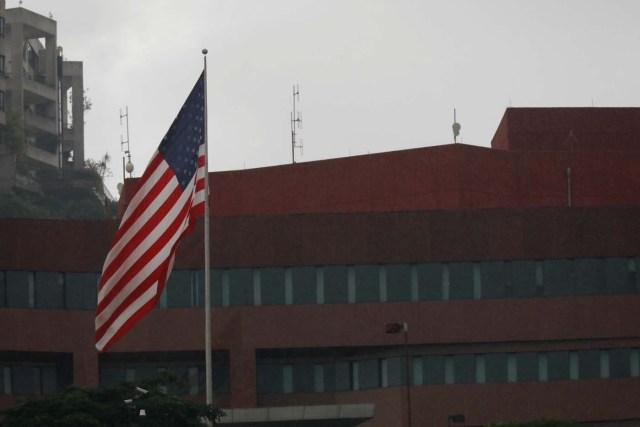 The U.S. flag flies in front of the U.S. embassy in Caracas, Venezuela July 28, 2017. REUTERS/Marco Bello