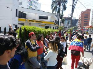 Asociación Civil Venezuela en Ecuador rechaza actos de violencia perpetrados en las últimas horas