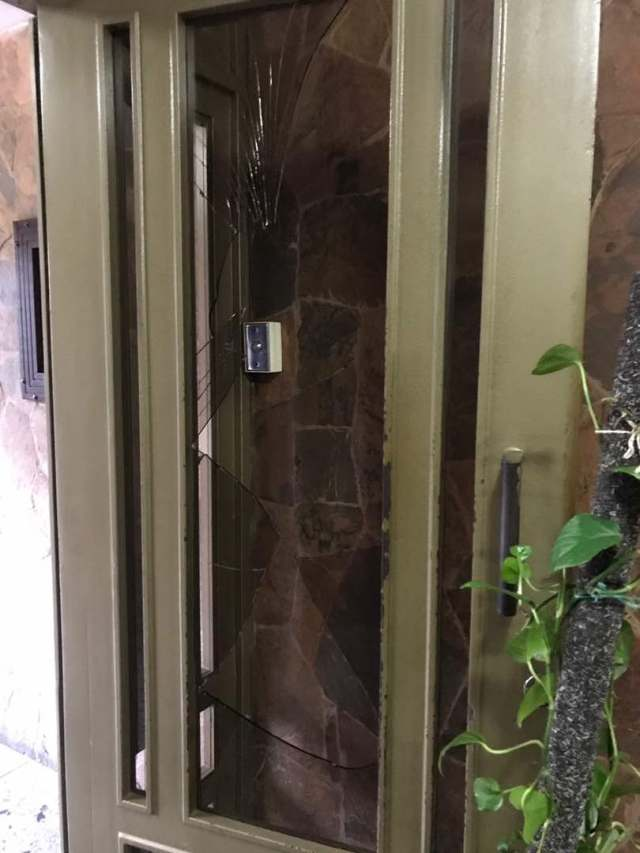 Cuerpos de seguridad allanaron residencias en Naguanagua y causaron destrozos. Foto: Cortesía
