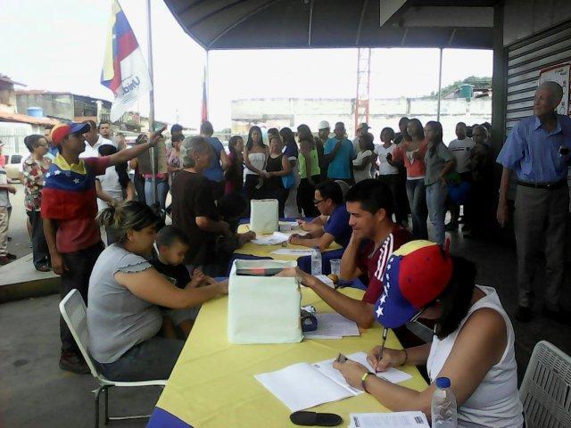 Foto: Barinas se desbordo para la consulta popular / Cortesía