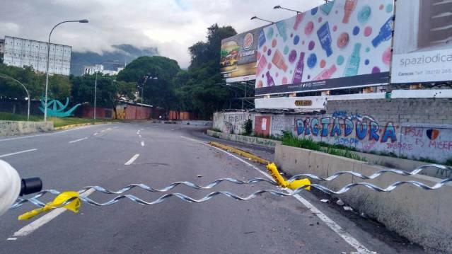 Así se encuentran los accesos hacia el Distribuidor Altamira / Foto: Efecto Cocuyo