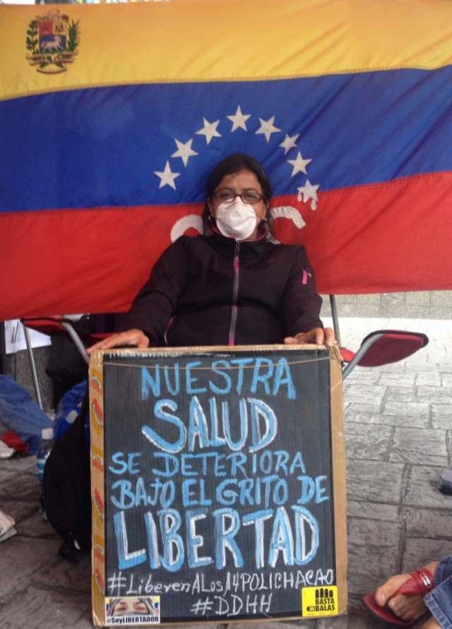 Para el momento solo Medina y Nancy Fragoso, mamá del funcionario Delgado se han sumado a la huelga