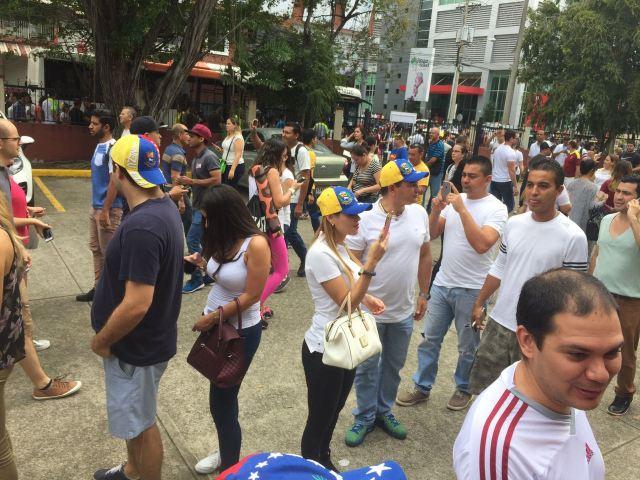 Foto: Venezolanos en Panamá en la consulta popular