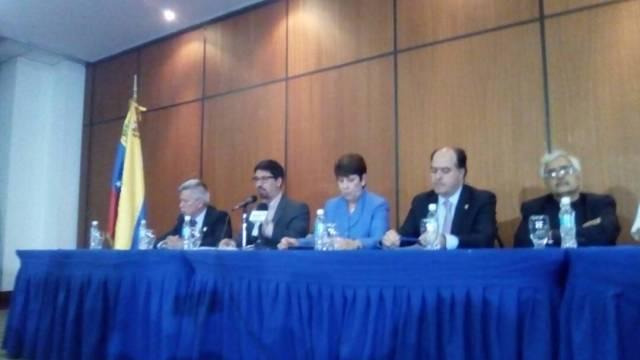 Rectores de las Universidades serán los garantes de la consulta del 16 de julio / Foto: @UnidadVenezuela