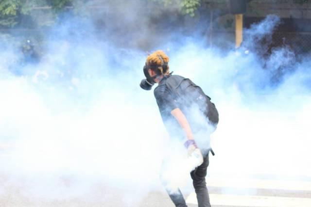 Fotografía referencial. Funcionarios de la GNB  reprimen a manifestantes en Bello Monte. Foto; Lapatilla/ Régulo Gómez