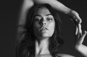 "Un exquisito desnudo de otra supermodelo considerada ""curvilínea"" (ENAMORAOS)"