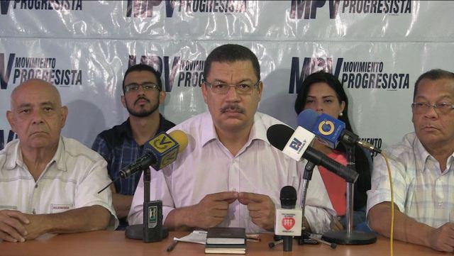 Diputado Simón Calzadilla. Foto: Nota de prensa