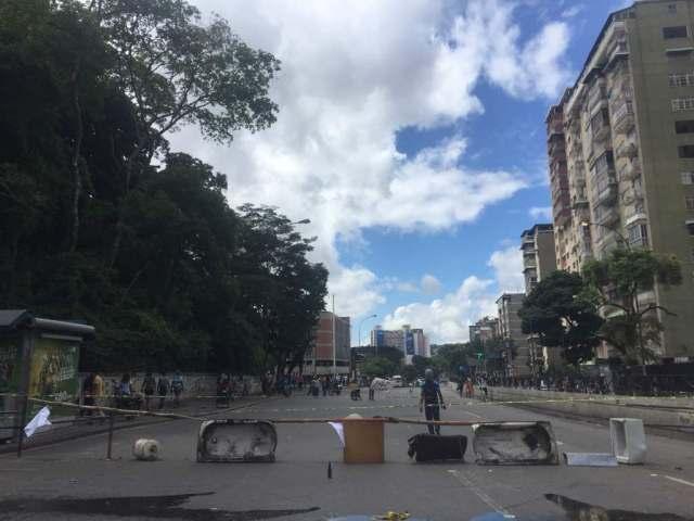 Paro en la avenida Sanz el Marquez / Foto: Régulo Gómez