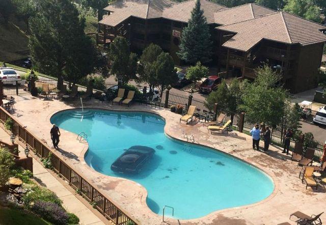 Chapuzón en la piscina