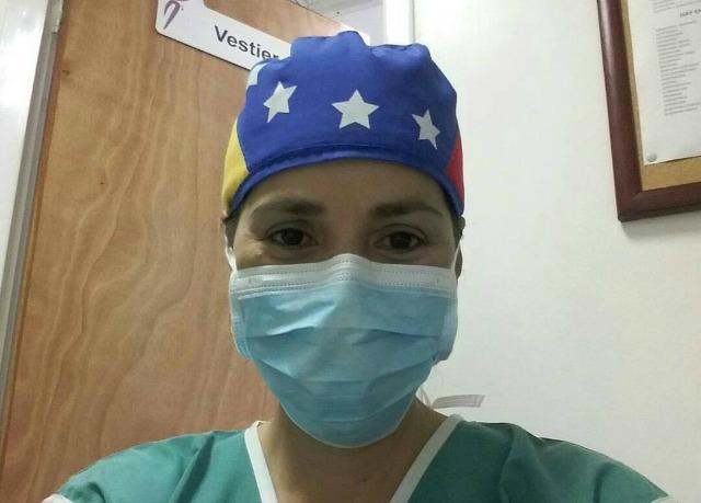 Foto: Director del Hospital de la ULA prohíbe al personal usar gorros con la bandera / Danilo Figueroa