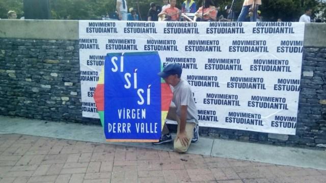 El mensaje del Señor del Papagayo en el cierre de campaña de la Consulta Popular. Foto: Pamela Toledo / LaPatilla.com