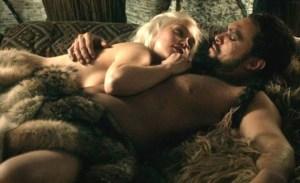 """Emilia Clarke denunció que la presionaron a desnudarse en escenas de """"Game of Thrones"""""""