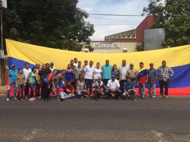Foto: Plan República se retira de centro de votación en Maracaibo / Elimar Díaz?