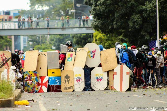 La marcha hacia el TSJ desde el inicio a la represión. Foto: Will Jiménez / LaPatilla.com