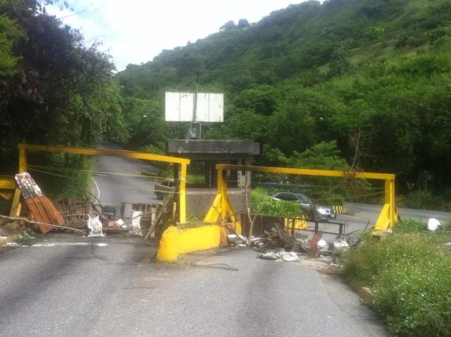 La Viga en Parque Caiza cerrada durante paro cívico nacional // Foto @luisdavidperez