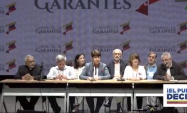 Rectores garantes de la universidades del país en el Teatro Chacao // Foto captura tv
